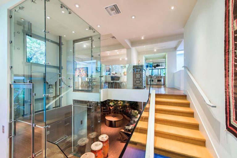 Частный дом с лифтом