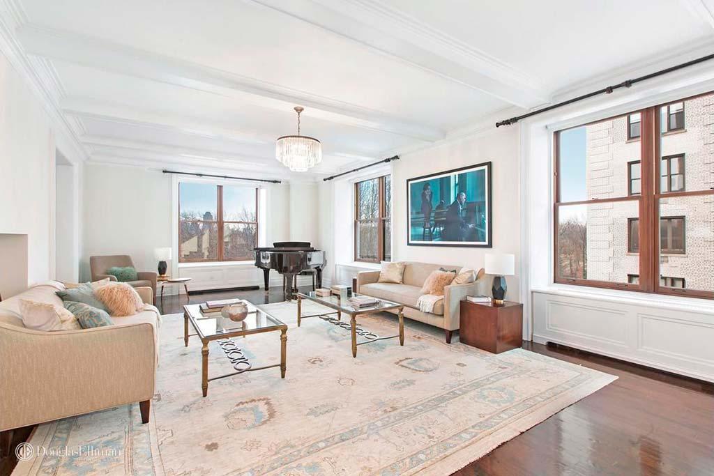 Шестикомнатная квартира в центре Нью-Йорка