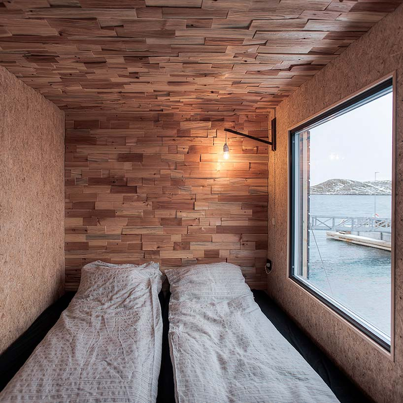 Спальня в доме с видом на причал. Проект TYIN Tegnestue