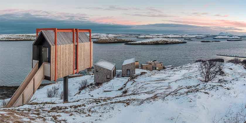 Поселок на берегу Норвежского моря от TYIN Tegnestue | фото