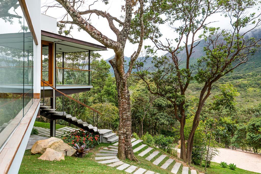 Красивый дом в Бразилии от G Arquitetura e Urbanismo