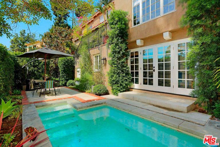 Дом в испанском стиле с бассейном 1926 года постройки