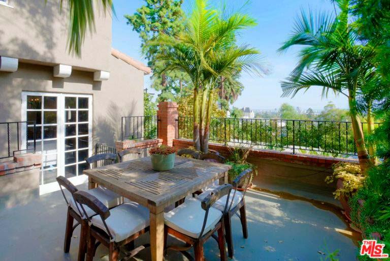 Дом с видом на Голливудские Холмы