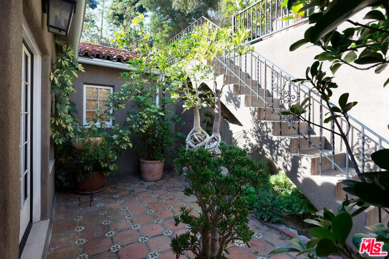 Дом Ашера на Голливудских Холмах
