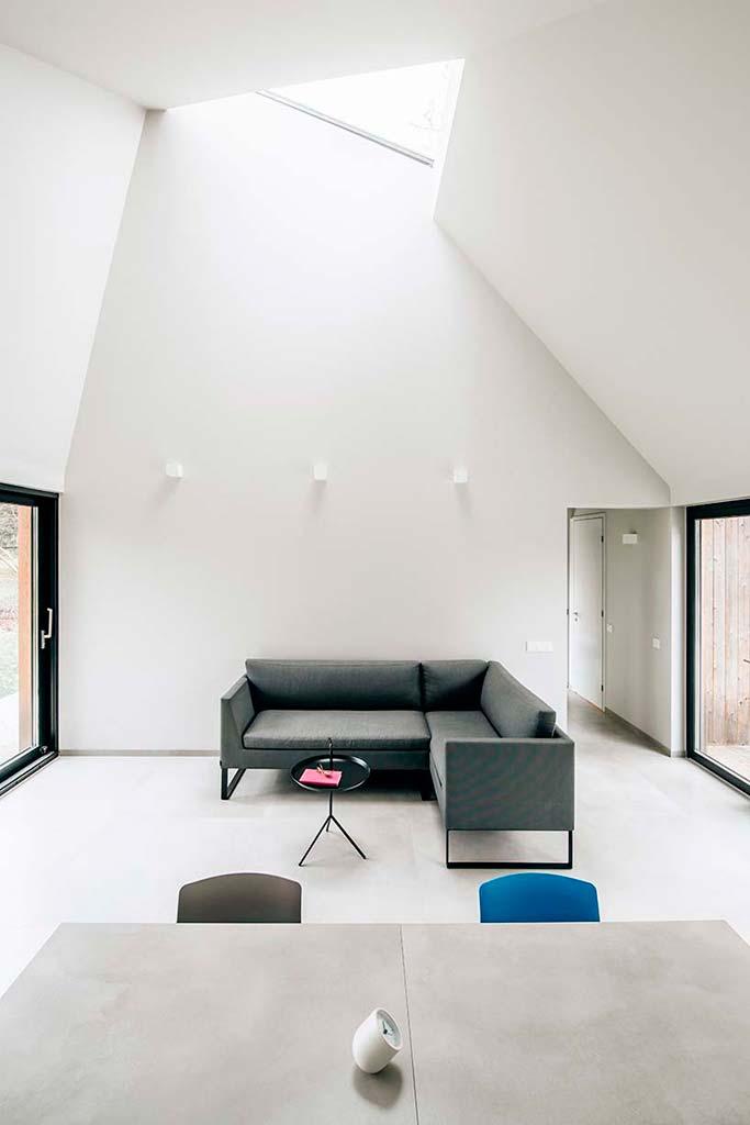 Светлый интерьер деревянного дома. Проект KUU Arhitektid