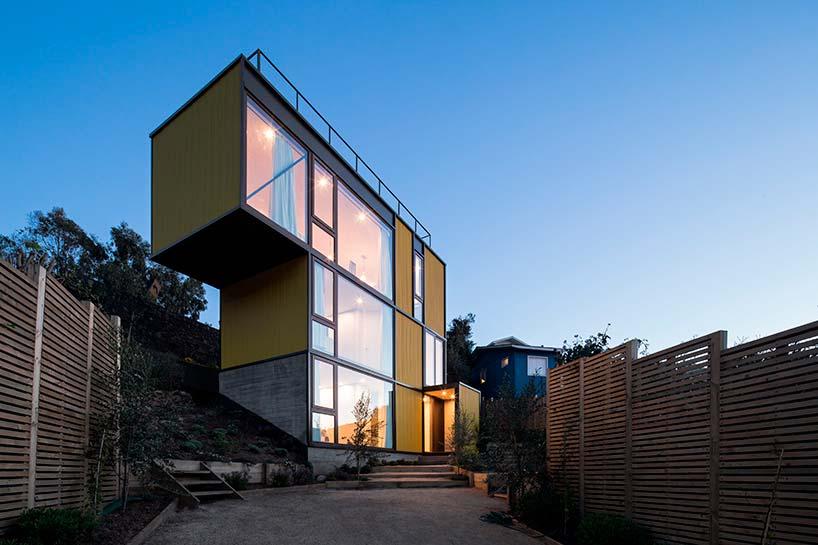 Дом в форме фигурок тетриса от Aguilo Pedraza Arquitectos