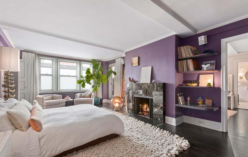 Спальня с собственным камином