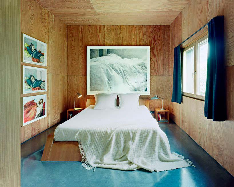 Картины и фотографии в дизайне спальни