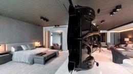 Суперкар Pagani как элемент дизайна квартиры в Майами | фото