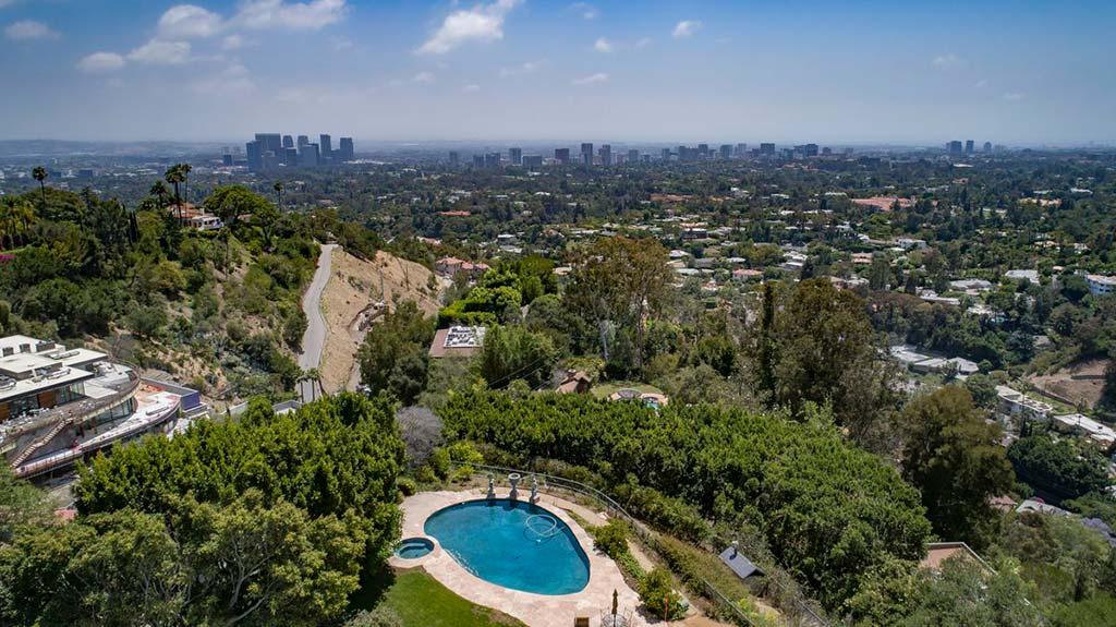 Дом с бассейном Элизабет Тейлор в Голливуде