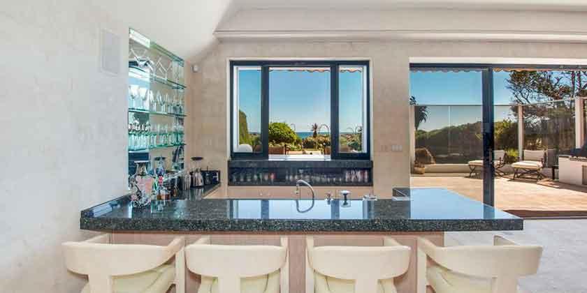 Пляжный дом Фрэнка Синатры в Малибу сдают в аренду | фото, цена