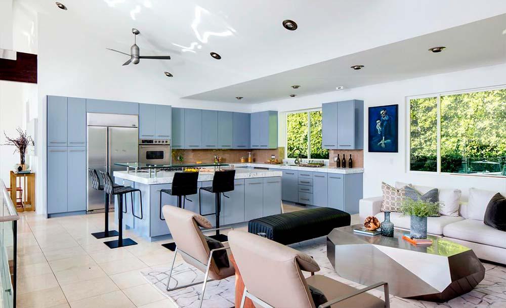 Кухня-столовая современной планировки
