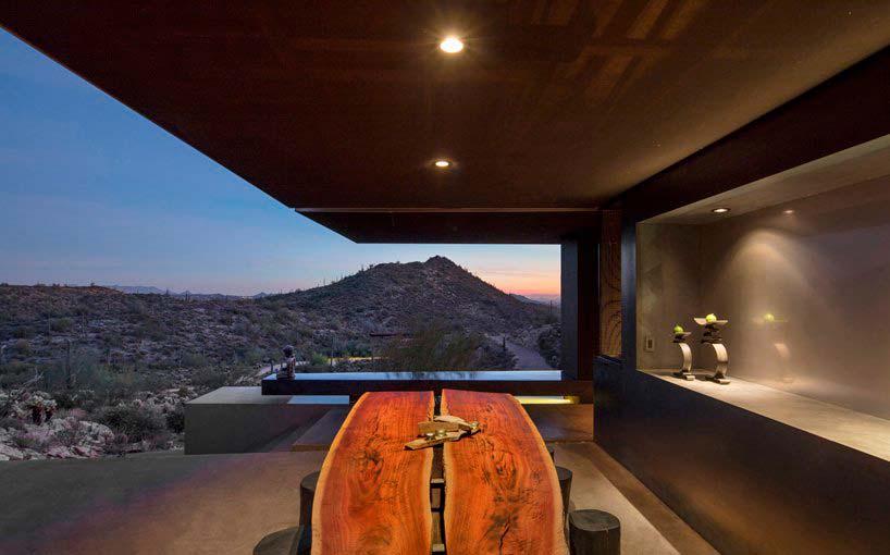 Дом посреди пустыни в Аризоне