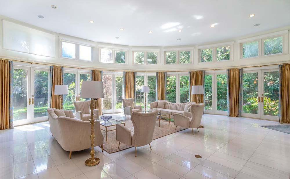 Дизайн гостиной в доме Серены Уильямс