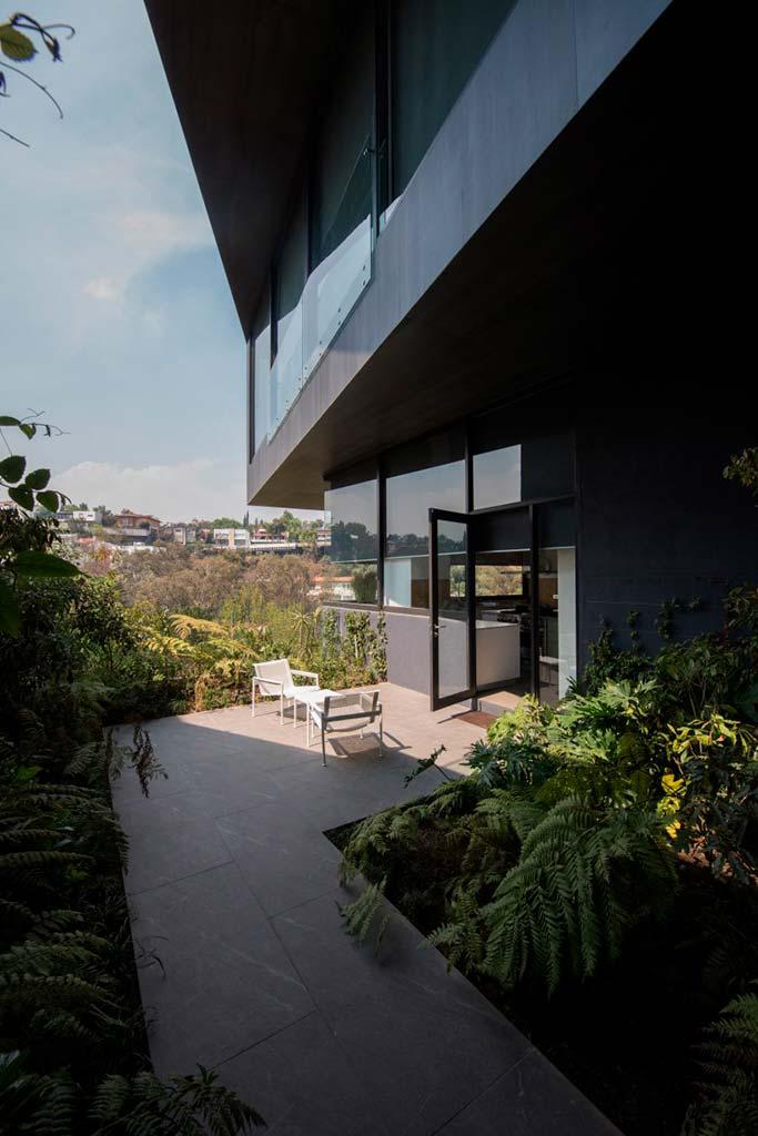 Многоквартирный дом в Мехико от Sordo Madaleno Arquitectos