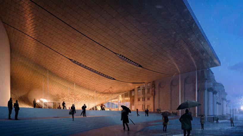 Общественная площадь у Концертного зала Свердловской филармонии