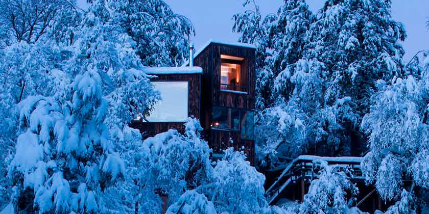 Дом La Dacha в снегах гор Чили от DRAA | фото