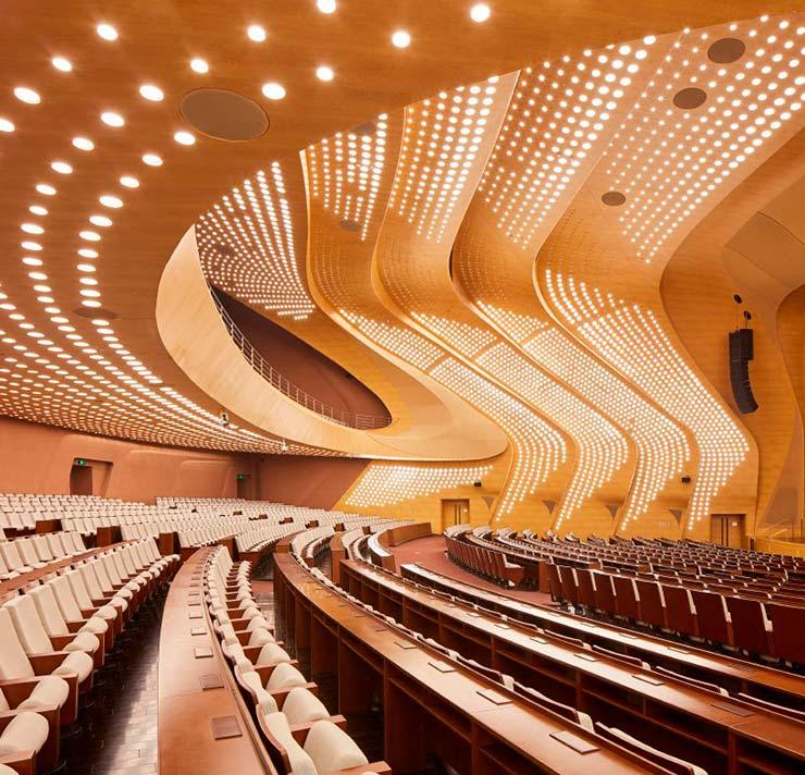 Конференц-зал на 2100 человек от ZHA