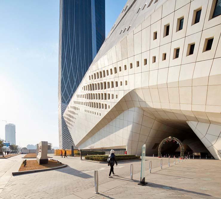 Подиум комплекса Nanjing International Youth Cultural Centre в Китае