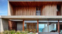 Пляжный дом на скалах в Австралии от Auhaus Architecture | фото