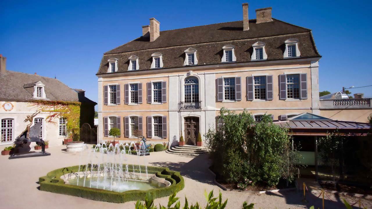 Французский замок Château de Pommard сменил владельца | фото