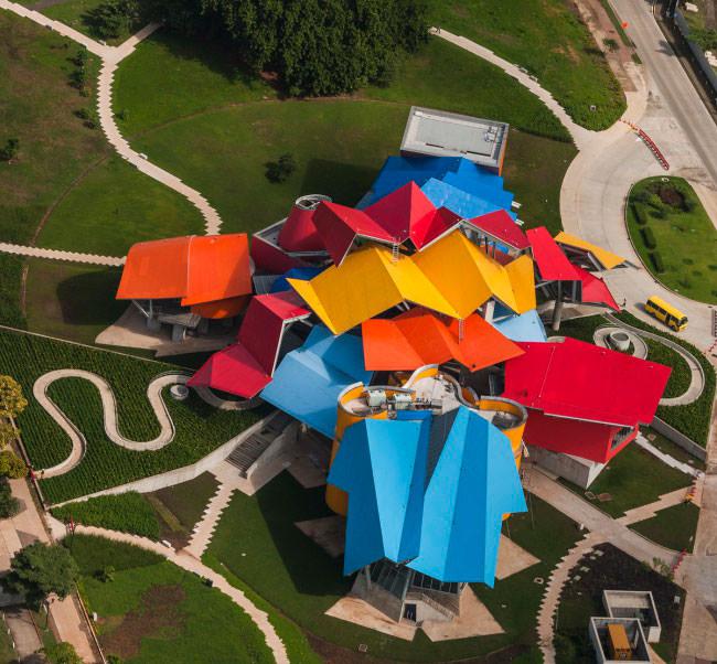 В Панаме построили музей по проекту Фрэнка Гери