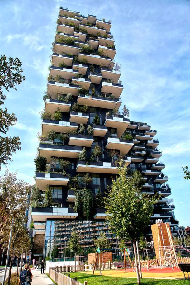 В Милане построили «зеленые небоскребы» Bosco Verticale