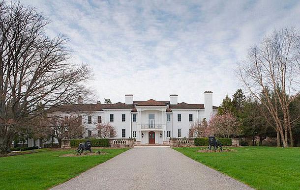 Майкл Дуглас и Кэтрин Зета-Джонс продали дом в Нью-Йорке