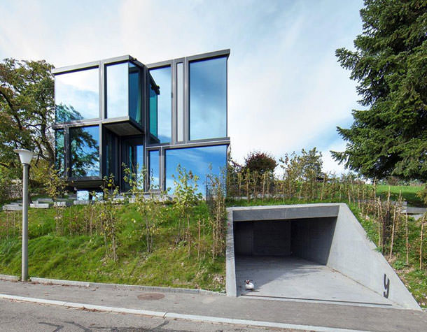 Загородный дом в Швейцарии от бюро L3P Architekten | фото