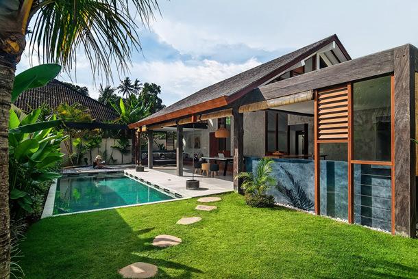Тропическая вилла на Бали от René Kroondijk | фото, проект