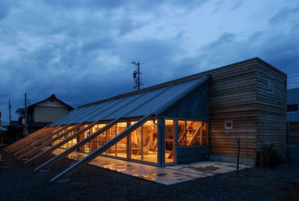 Частный дом в Японии от Тайшин Шидзаки | фото, проект