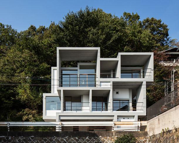 Slide house по проекту y+M design office