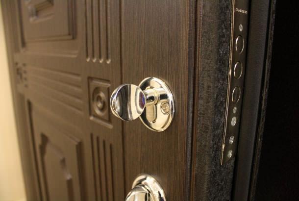 Советы при покупке стальной входной двери