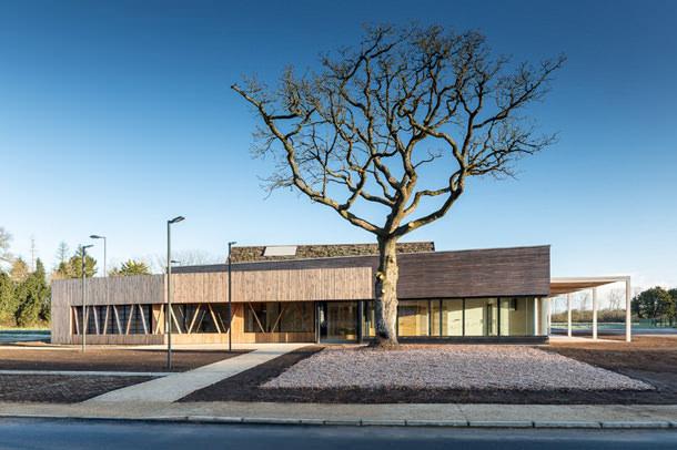 Бизнес-инкубатор L'écopôle во Франции от ENO Architects