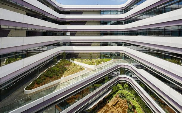 Компания UNStudio построила новый кампус для университета в Сингапуре