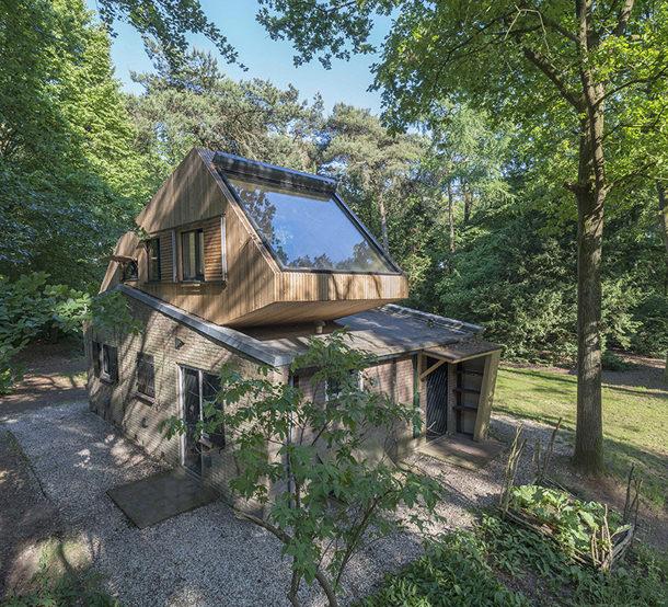 Деревянный загородный дом от Bloot Architecture   фото, инфо