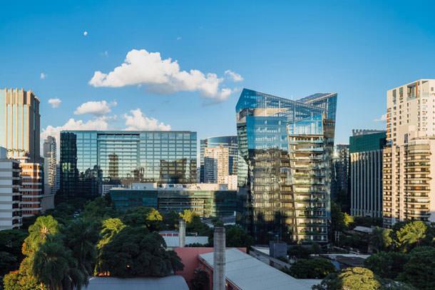 Завершилось строительство жилого небоскреба Vitra в Сан-Паулу