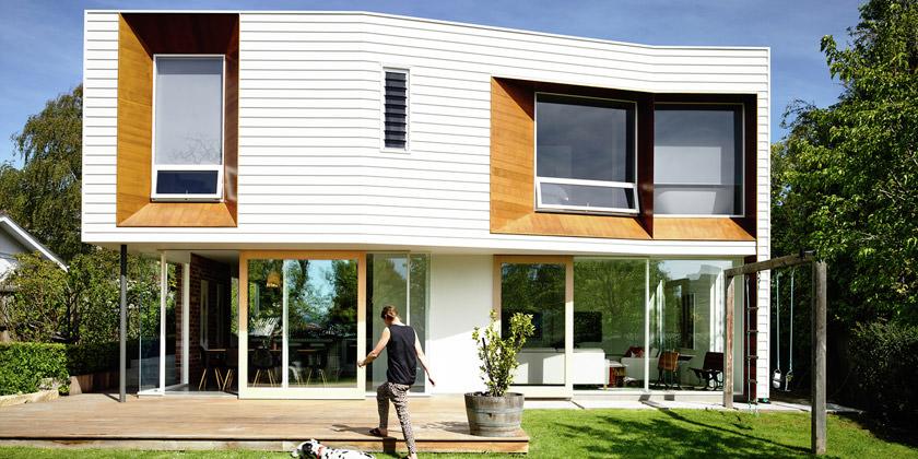 Калифорнийский коттедж с лужайкой в Австралии от Preston Lane Architects