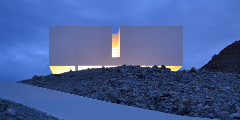 Монолитный коттедж с видом на море в Испании   фото, проект