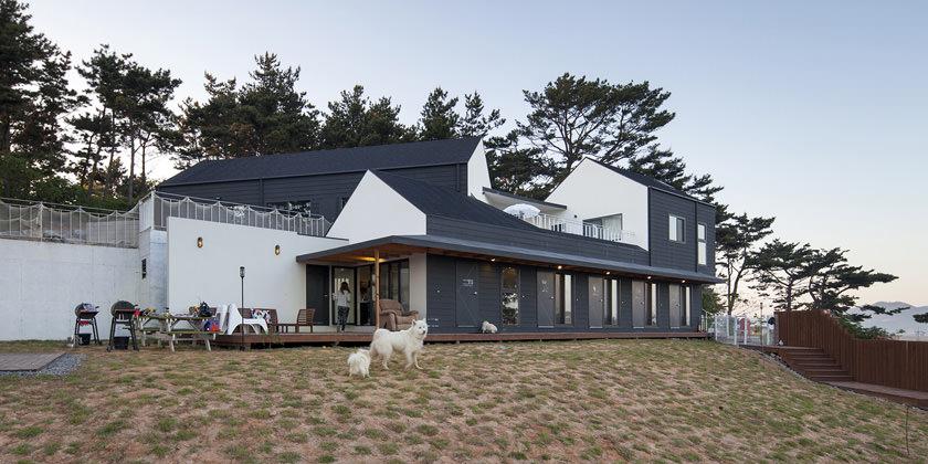 Дом-отель два в одном от Designband YOAP Architects | инфо