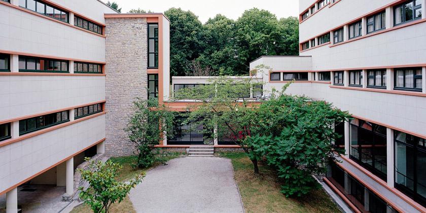 Реконструкция студенческого кампуса в Париже по проекту Atela Architectes