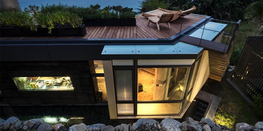 A'tolan House – современный особняк на берегу Тихого океана
