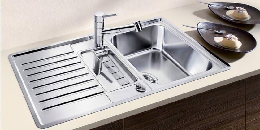 Кухонная мойка из нержавейки: как выбрать, виды, установка, недостатки