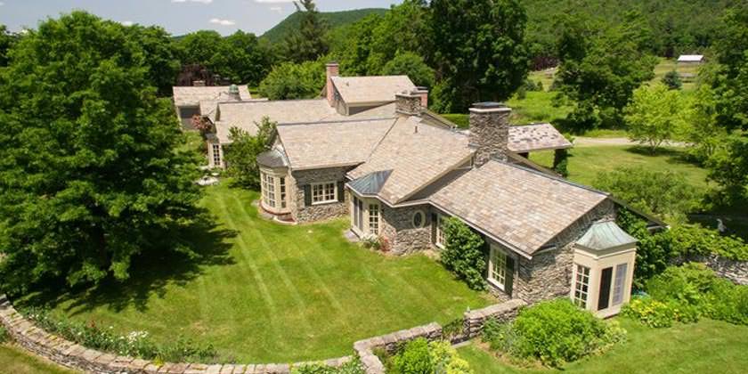 В США продается ферма, где Ян Флеминг писал романы о Бонде