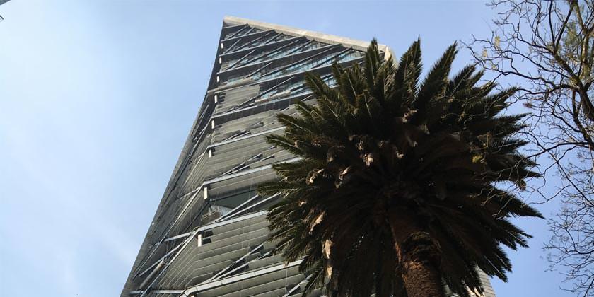 Небоскреб Torre Reforma в Мехико. Проект LBR + A