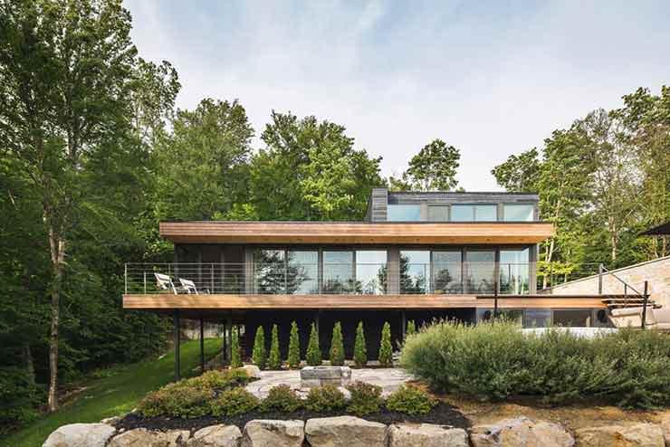 Дом на опушке в лесу. Проект MU Architecture