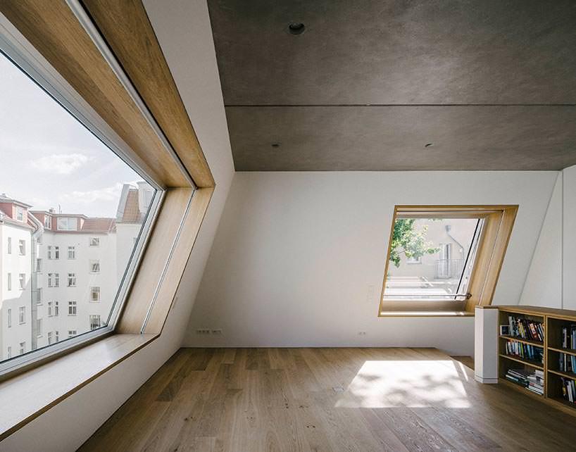 Дизайн двухуровневой квартиры Barkow Leibinger