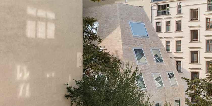 Пирамидальный дом в Берлине. Проект Barkow Leibinger | фото