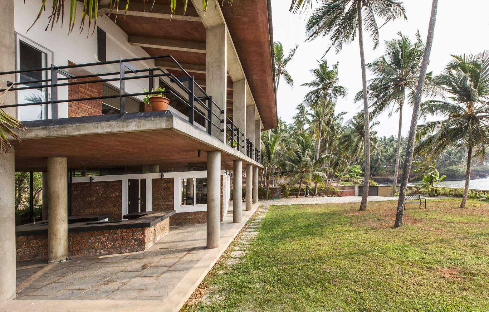Дом на море в Индии