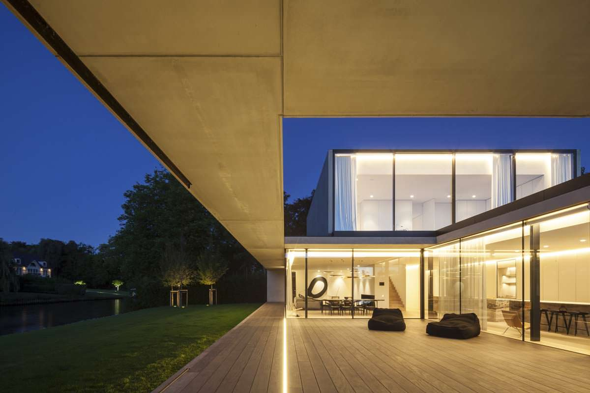 Подсветка частного дома